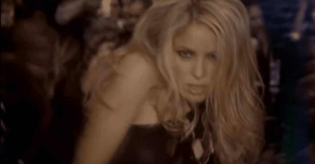 Clip de Shakira - She Wolf
