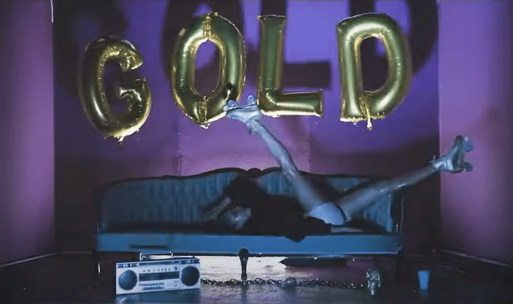 Clip de Loud Luxury and Frank Walker feat. Stephen Puth - Like gold sur Yellow.radio